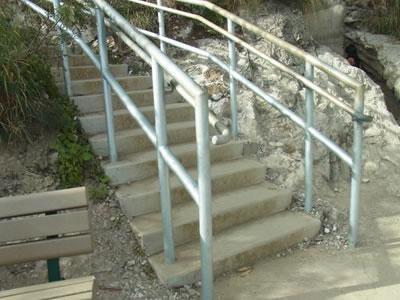 迂回の階段