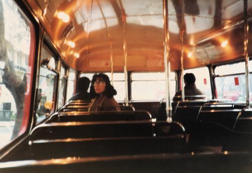 バスの2階席
