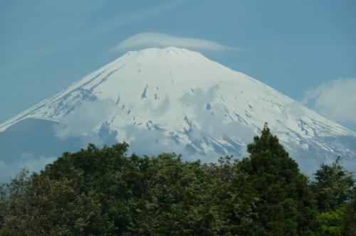帽子をかぶった富士山