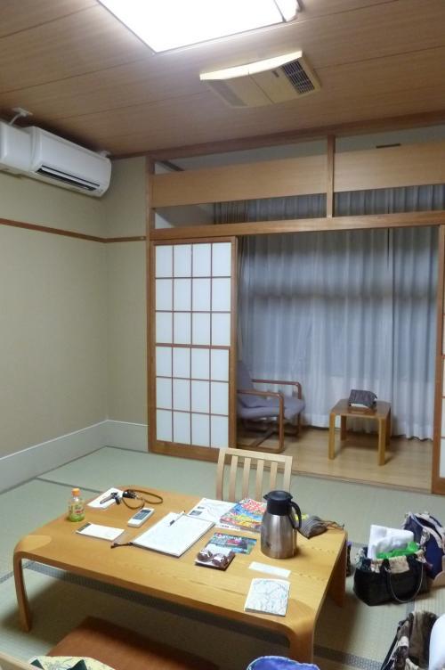 部屋の内部