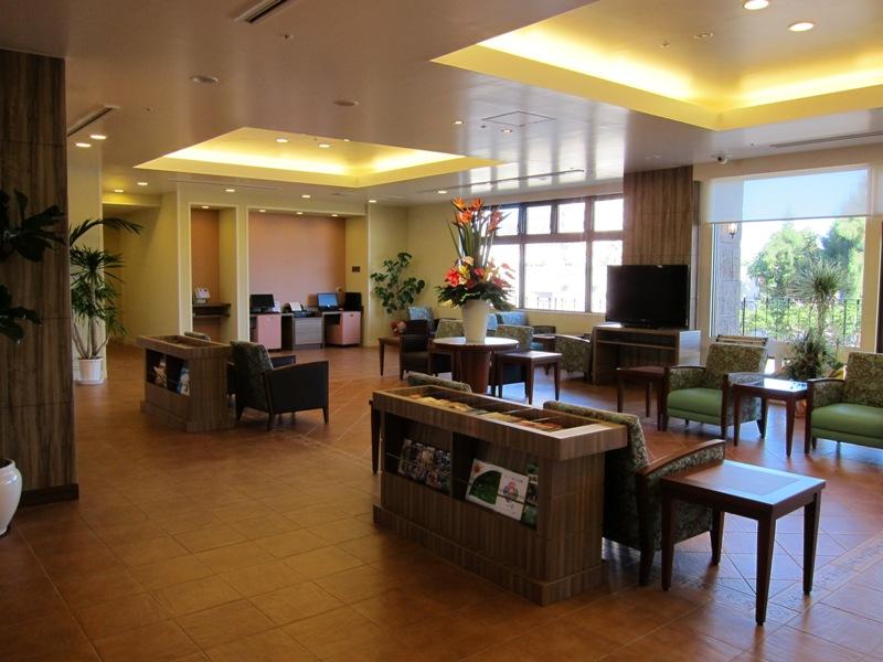 ベッセルホテルカンパーナ沖縄 ロビー