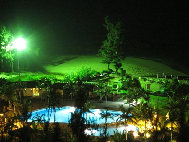 カヌチャベイホテル プール