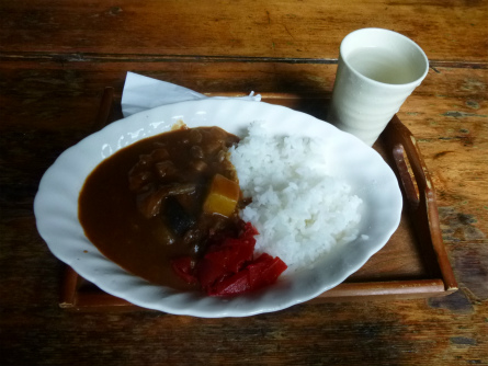 P1020518山小屋カレー