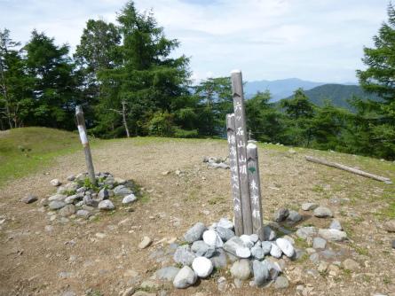 026六ツ石山