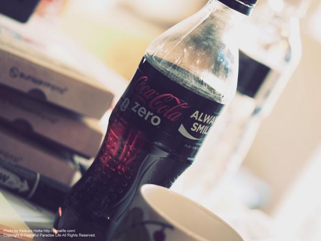 E-M1 アートフィルター「ヴィンテージ」で撮影したコカ・コーラ zero