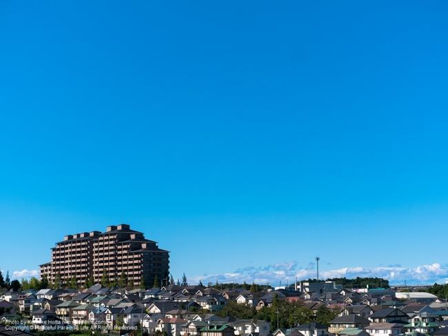 住宅地の青空