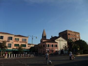 ベネチア008リド駅前