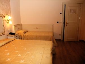 ベネチア010ヴィクトリアパレスホテル
