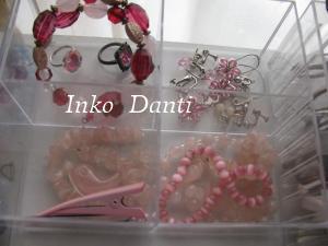 ピンク アクセ