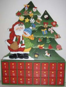 24-Wooden-Advent-Calendar-RDCA002-.jpg