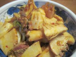 筍と鳥肉のピリ辛炒め
