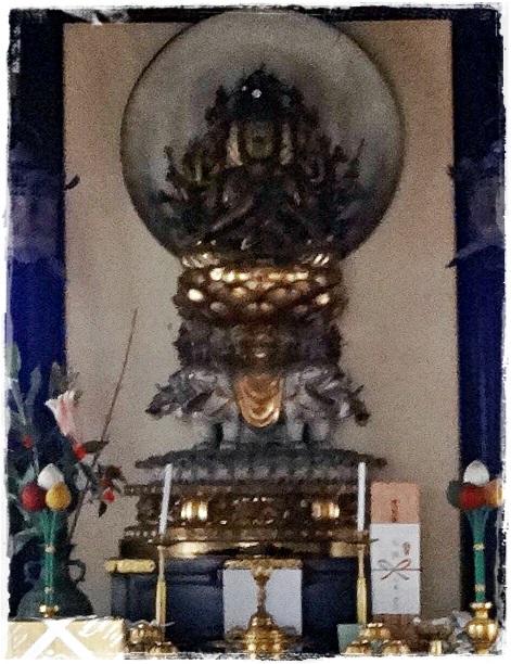 白象に乗った普賢菩薩像