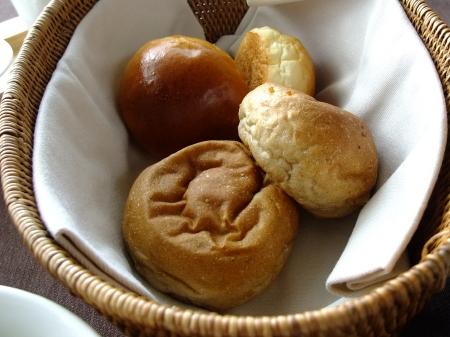 オリカ朝パン