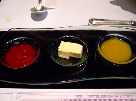 グランヴィア朝バター1