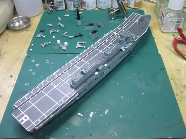 H.M.S.ARK ROYAL の22