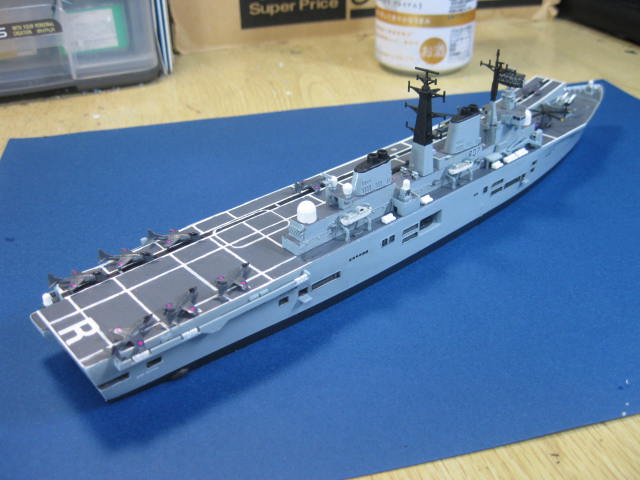 H.M.S.ARK ROYAL の24