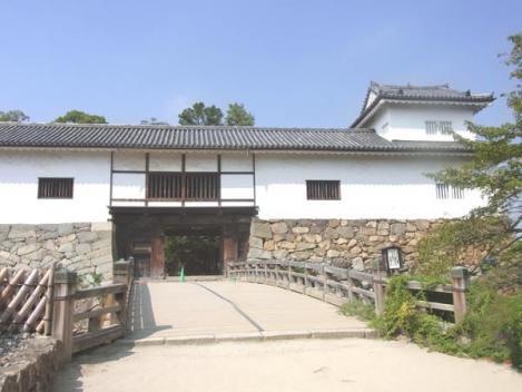 20120910-hikone06-roukabash.jpg