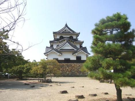 20120910-hikone10-honmaru.jpg