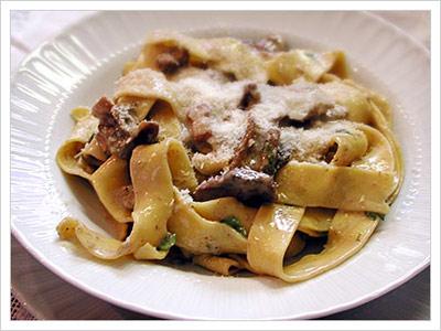 Tagliatelle-di-pasta-fresca02.jpg