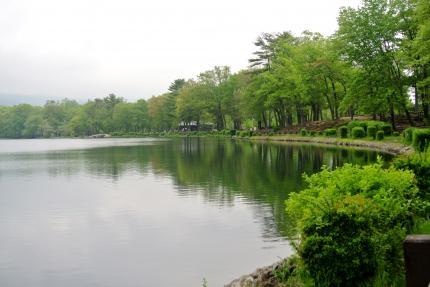 ベアーマウンテンの湖
