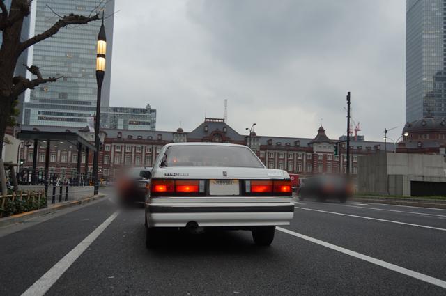 マツダルーチェV6リミテッドHCFSと東京駅