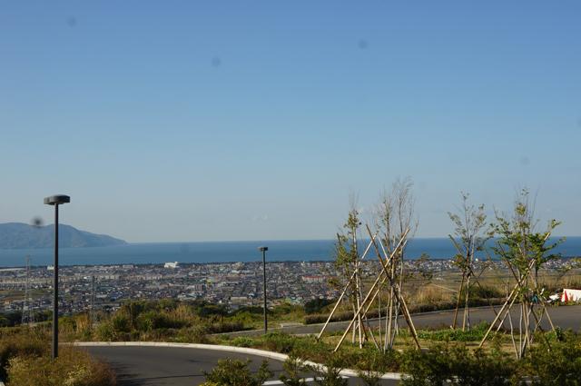 新東名SAから駿河湾を眺め る