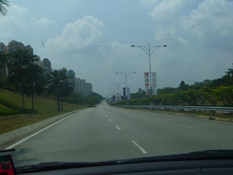 malaysiafreeway_s.jpg