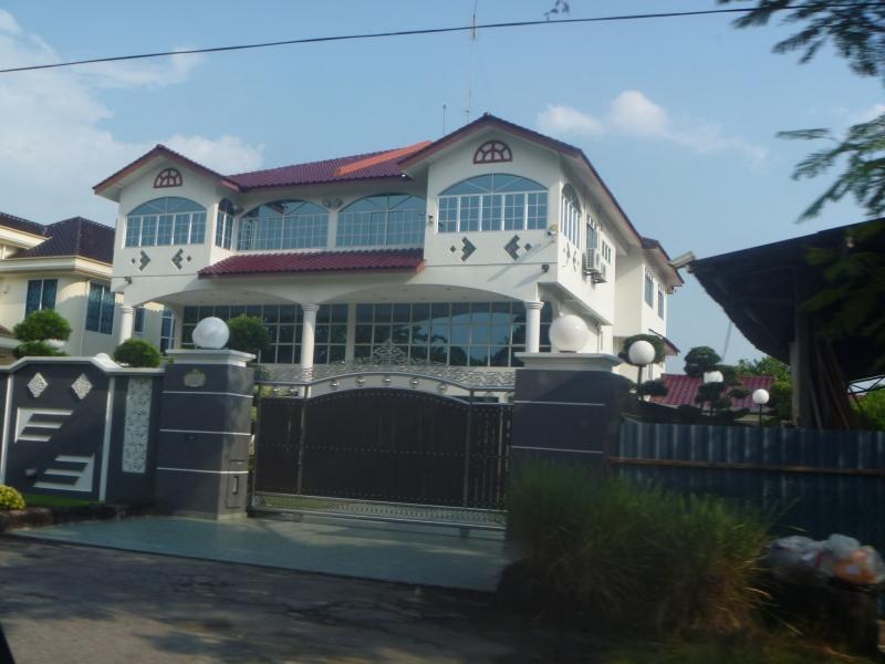 malaysiahouse_s.jpg