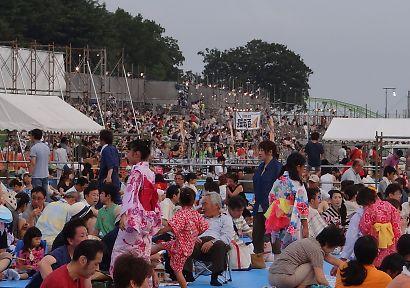 安倍川河川敷の花火-