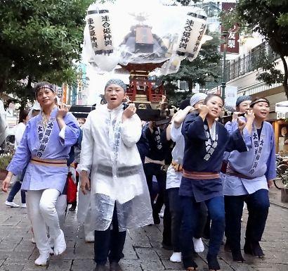みこしパレード-1