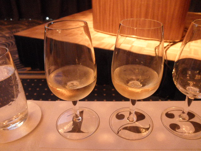 協会セミナー20120625白ワインテイスティング