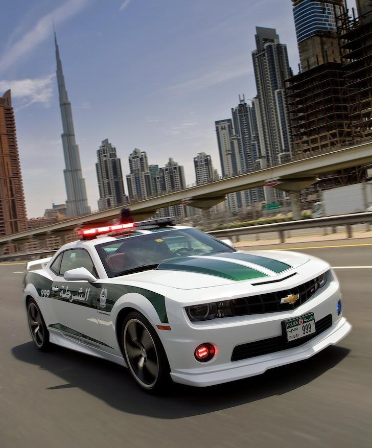 Dubai-Police-Aston-Martin-One-77-004.jpg