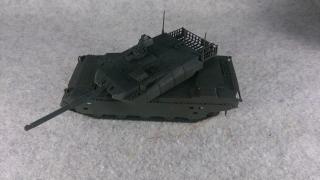 10式戦車下地塗装