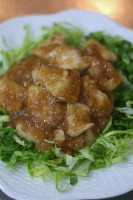 鶏むね肉のおろし新玉ポン酢ソース
