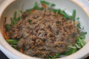 野菜たっぷり土鍋のプルコギ風3