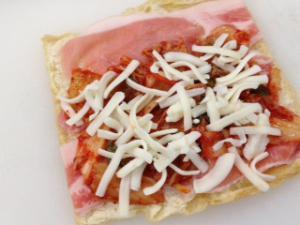 豚キムチチーズの油揚げロール3