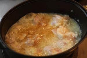 鶏手羽元の塩麴煮込み3