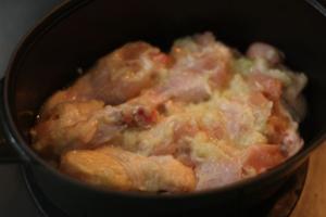 鶏手羽元の塩麴煮込み1