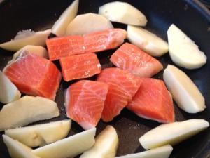 フライパンで鮭とじゃがいものチャンチャン焼き2