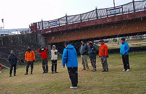 雪の中の講習会