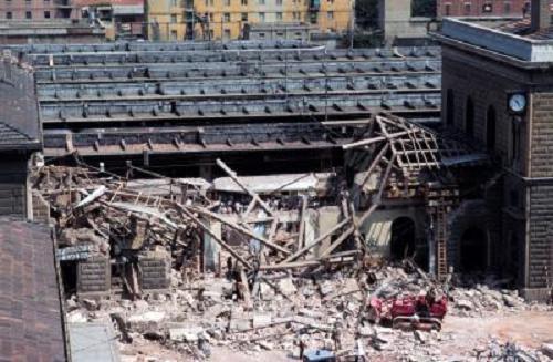 ボローニア駅爆破