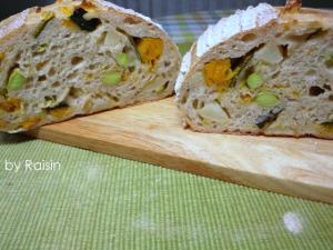 20110828お野菜カンパーニュbyレーズン酵母0