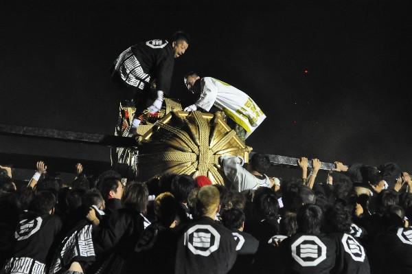 松山市 秋祭り 四角会大神輿 鉢合わせ 午前6時から