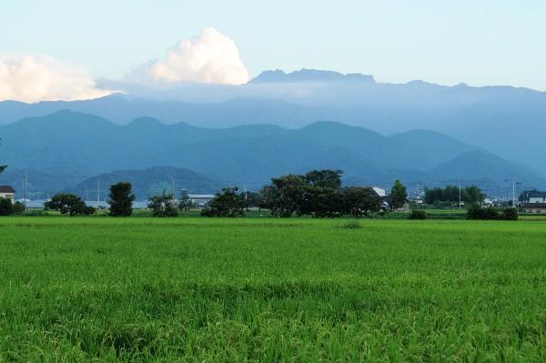 西条市 石鎚山の風景