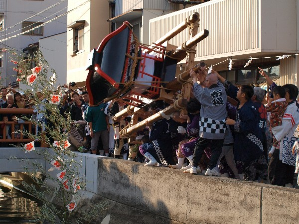 松山秋祭り 2012年 北条地区 明星川 みそぎ