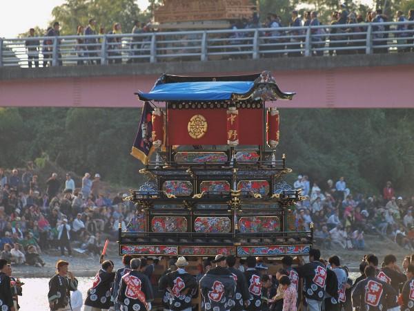 西条市伊曽乃神社祭礼2012年 加茂川 川入