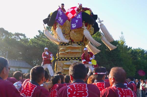 新居浜太鼓祭り 八旗神社かきくらべ 沢津太鼓台