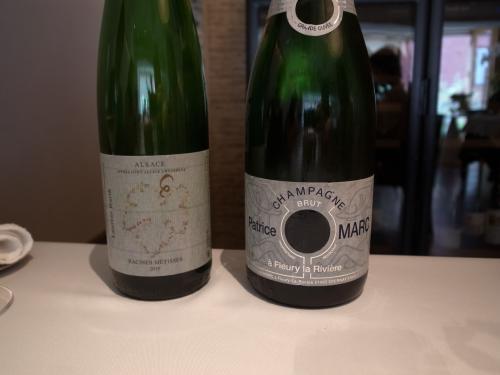 シャンパーニュと白ワイン