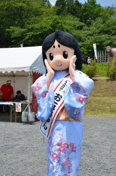 長岡京ガラシャ祭マスコットキャラクター「お玉ちゃん」