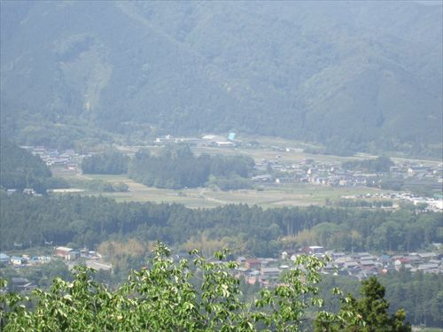 小早川秀秋陣地跡から、関ケ原盆地を望む